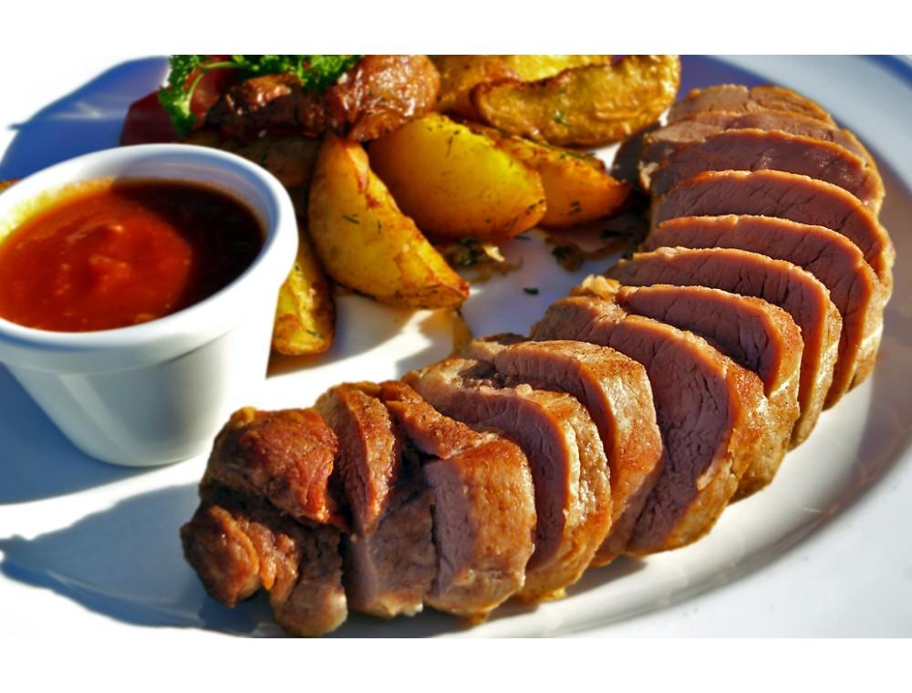 Свинина запечённая с картофелем в тандыре